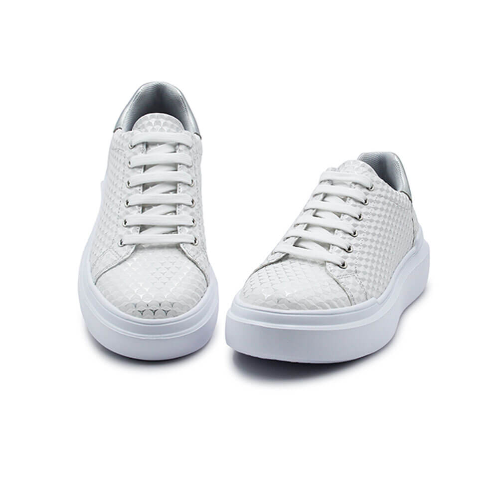 20S221 W White 3